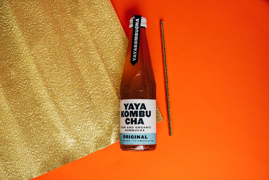 Recept met YAYA Kombucha en perzik is niet alleen een heerlijke cocktail maar ook nog is gezond voor je lichaam. YAYA Kombucha wordt gemaakt in Amsterdam en is een heerlijke verfrisser
