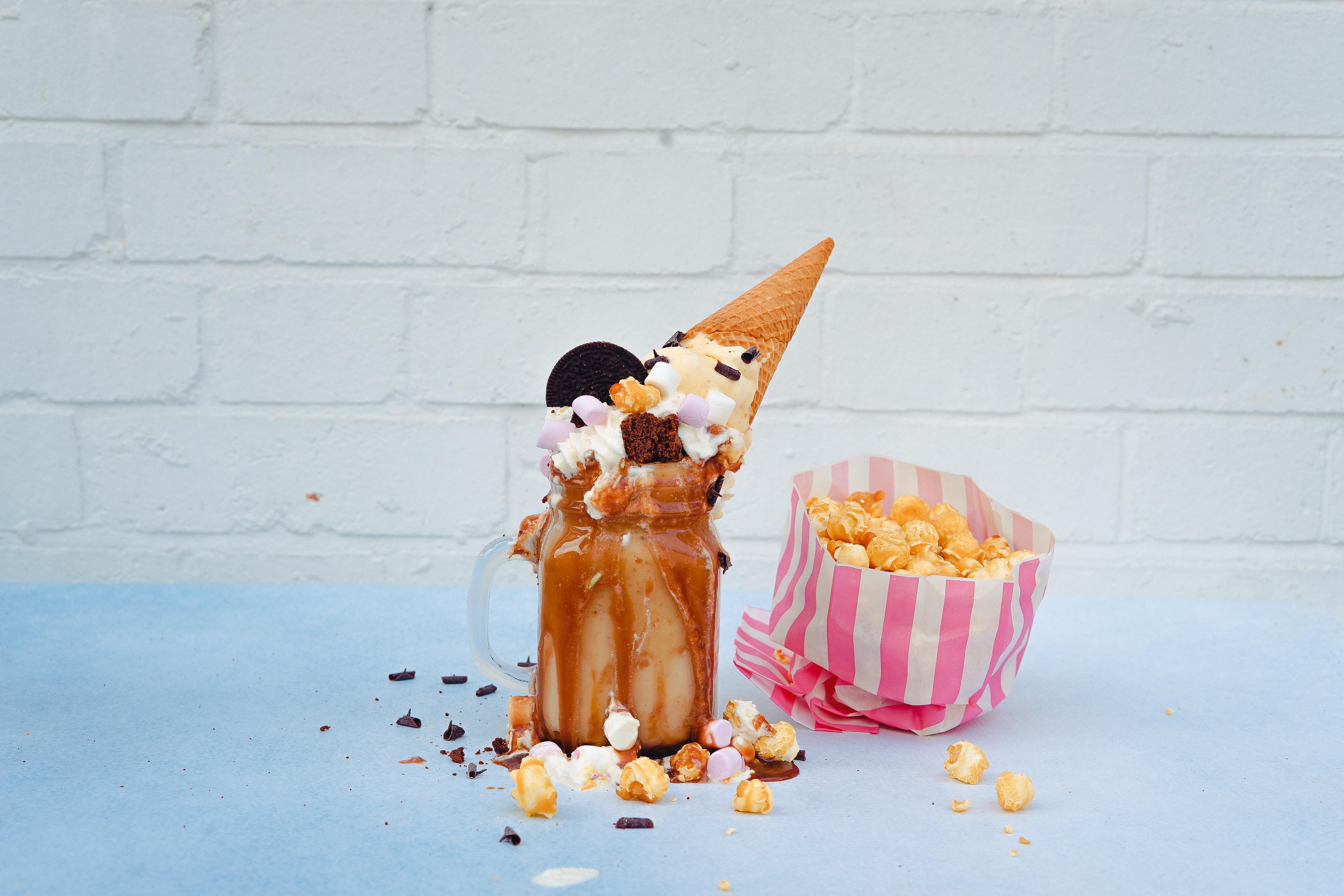 Recept Salted Caramelshake. We hebben speciaal voor jou een super lekkere versie van deze gezonde shake gevonden met dadels. Vind hier het recept