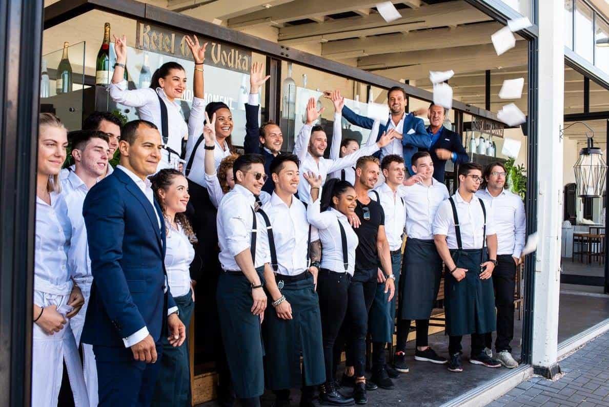 The Harbour Club. Internationale Allure. Internationaal dineren in Amsterdam. The Harbour Club Amsterdam. Sushi & sashimi. The Harbour Club Amsterdam Oost. Terras aan het water. Bijzonder dineren in Amsterdam.