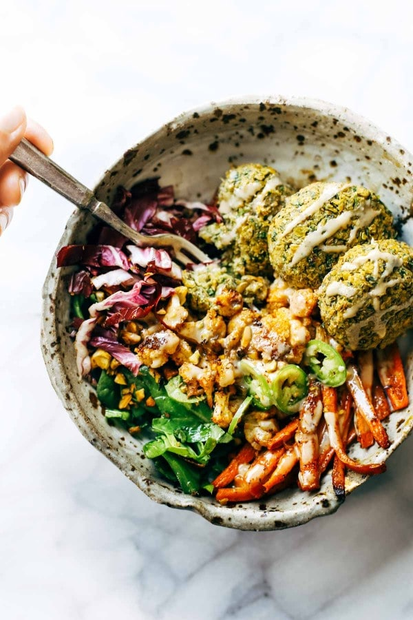 Falafel Winter Bowl met Rode Kool
