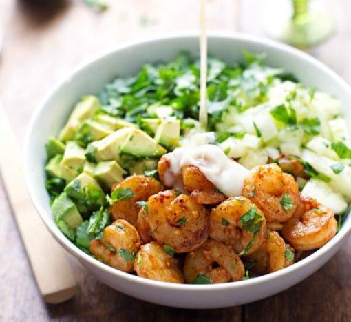 gezonde salade - zelf salade maken - salade recepten - lekkere maaltijdsalades - grote salades - salade recept met kip - salade recept met avocado - sla - maaltijdsla - makkelijke maaltijdsalade - maaltijdsalade kikkererwten - garnalensalade