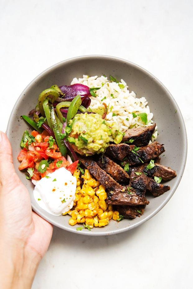 mexicaanse buddha bowl avocado