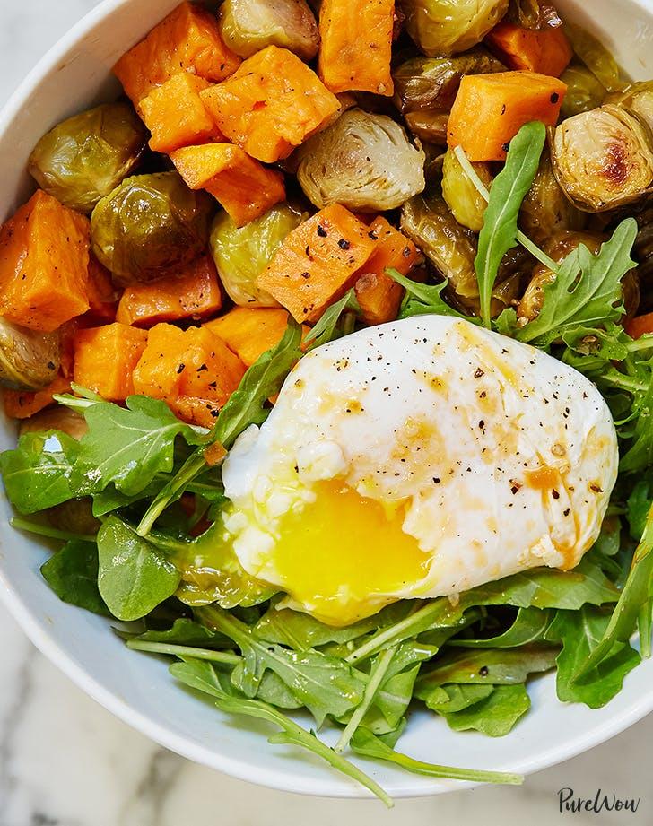 Breakfast Bowl met Ei, Spruiten en Pompoen - ontbijtbowl