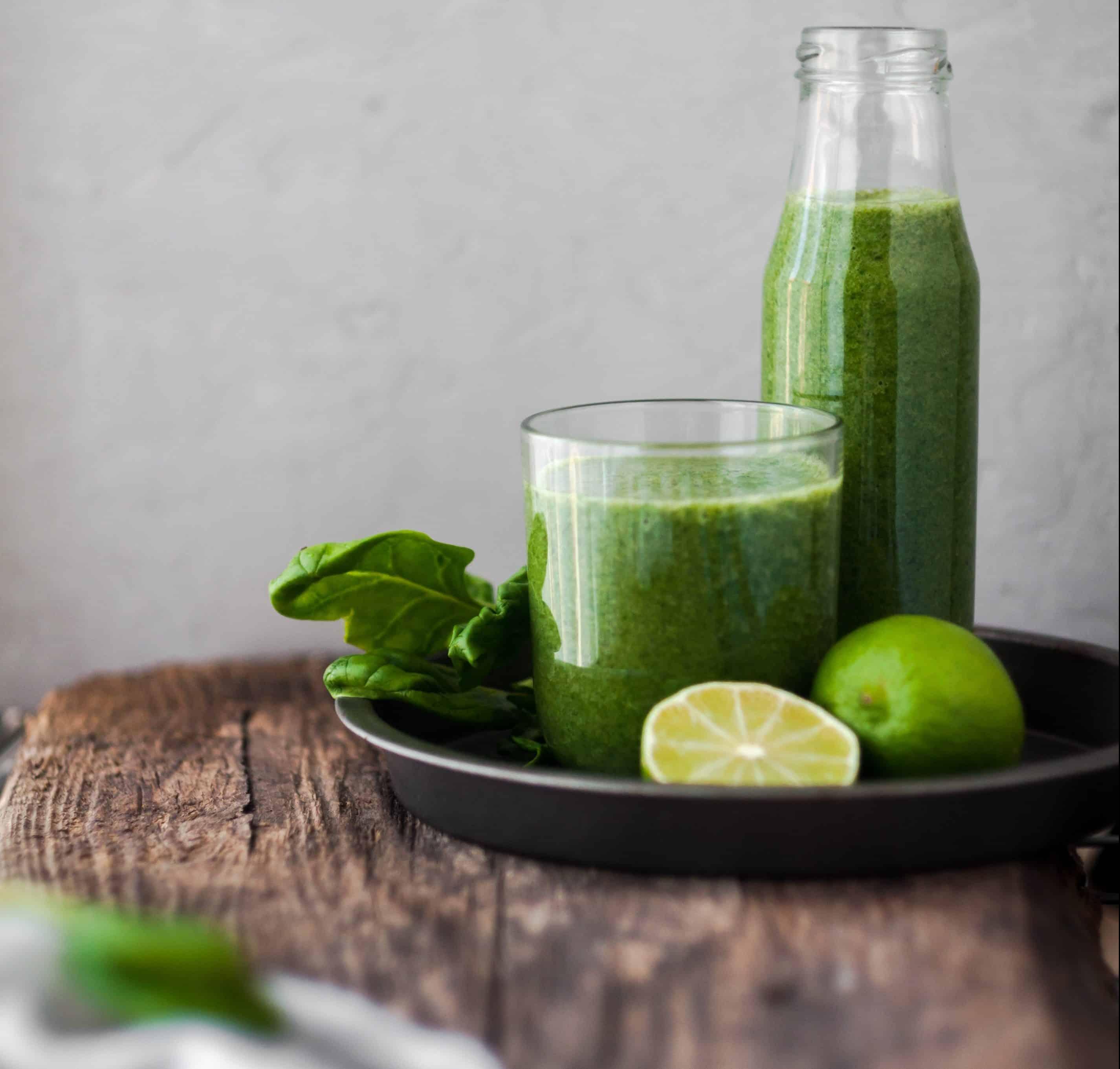 groentensappen drinken - voordelen groentesappen - girls who drink - sapkuur volgen - detox kuur - dr.veggie - cold pressed juices - vegetable juices - smoothie - groentesappen recepten