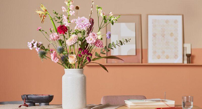 bloemen cadeau doen - bloomon - best friends day - cadeau inspiratie - national best friends day - bloemen geven - bloemen op de werkvloer - bloemen op kantoor - effecten van bloemen op kantoor - bloemen tijdens werken