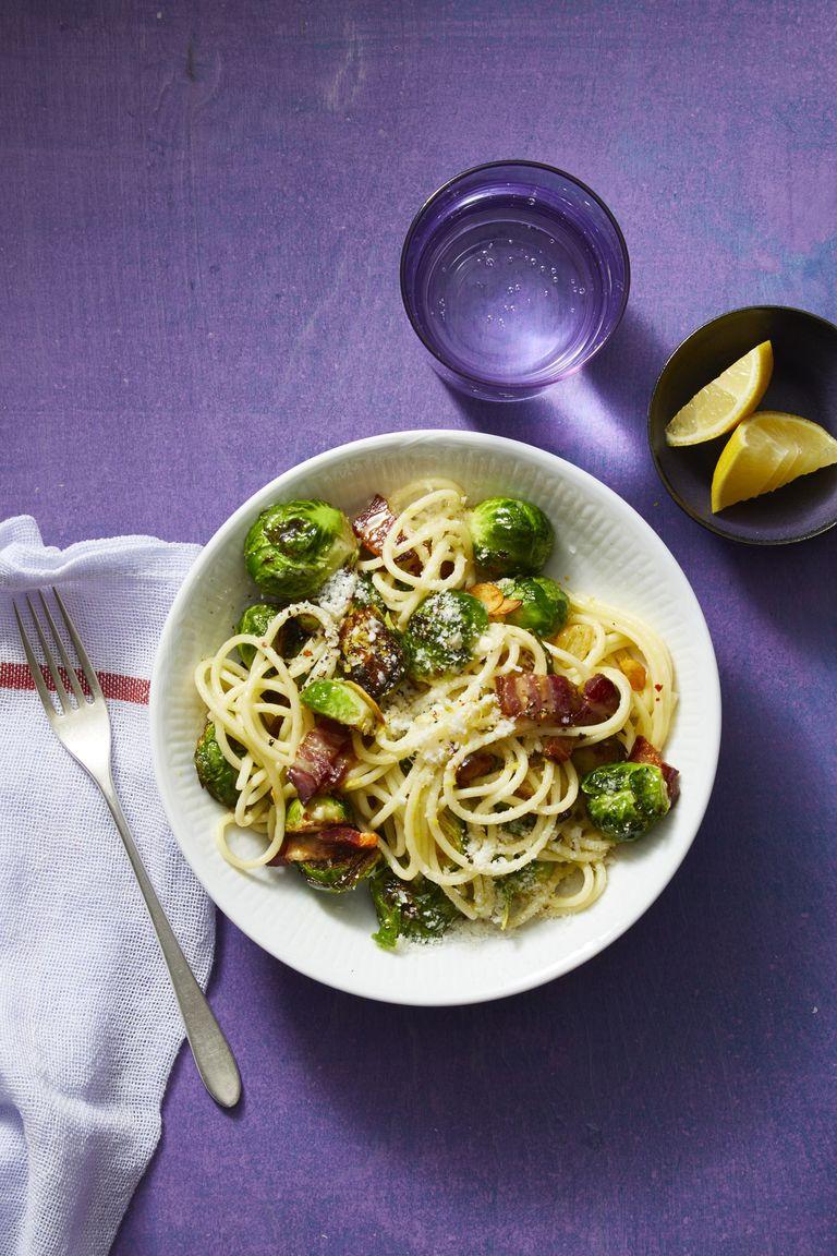 spaghetti recepten - pasta recepten - pastarecepten -pasta met kip - vegetarische pasta recepten - lekekre recepten pasta - pasta makkelijk - pastasalade - pasta met vis