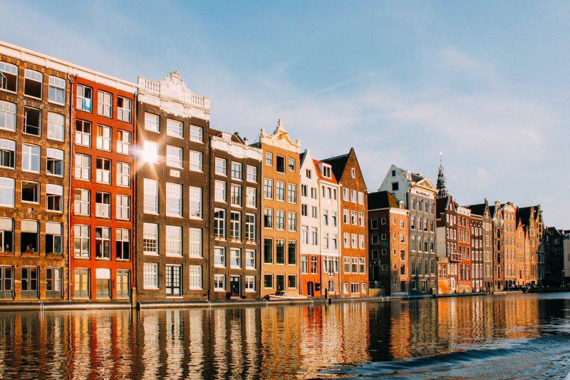 dingen om te doen in amsterdam - uitjes in amsterdam - activiteiten in amsterdam - de parade amsterdam - leuke uitjes amsterdam - dagje amsterdam tips - originele uitjes amsterdam - hotspots in amsterdam - wat te doen in amsterdam