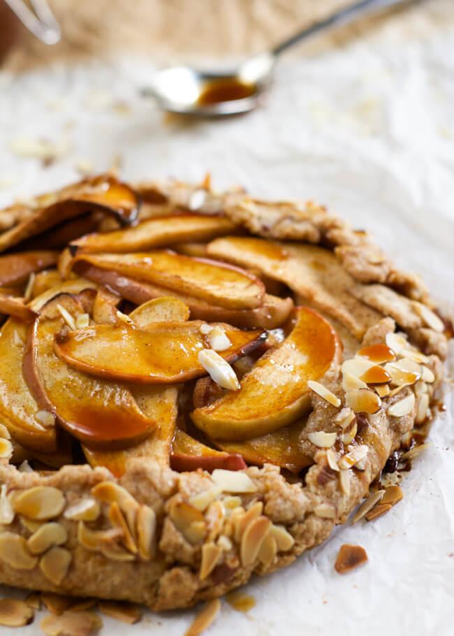 winterse taarten - taart recepten - makkelijk taart maken - herfsttaarten - kerst taarten - taart voor kerstmis - appeltaart recept - perziktaart recept - kersentaart recept