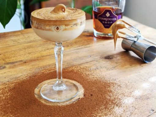 dalgona coffee - delgona koffie recept - dalgone cocktail recept - dalgona espresso martini