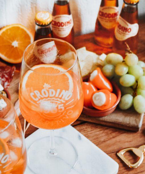italiaans aperitief zonder alcohol - crodino ingrediënten - italiaanse thema avond - date idee thuis - italiaanse antipasti - crodino gezond