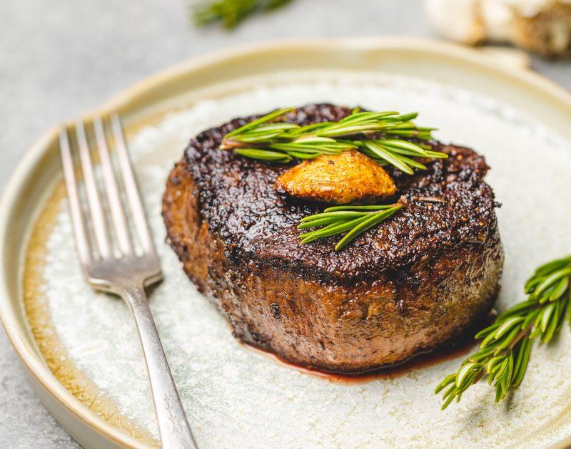 biefstuk bakken - biefstuk maken - biefstuk klaarmaken - biefstuk in de oven - biefstuk koken