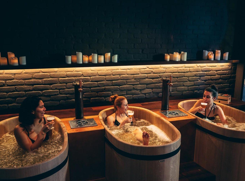 bierspa brussel - bierspa in brussel - bierspa belgië - bierspa's brussel - spa met bier - bierspa bezoeken - bierspa in belgië