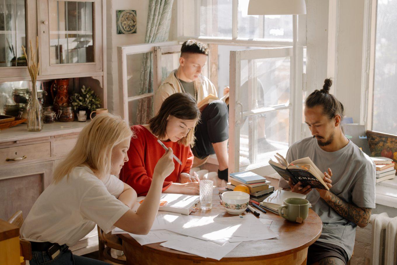 bijscholen tips - investeren in jezelf - tips om bij te scholen - leren zonder studie