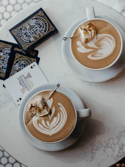 warme choco amsterdam - chocolademelk amsterdam - choco latte art - drankje in amsterdam - winter amsterdam
