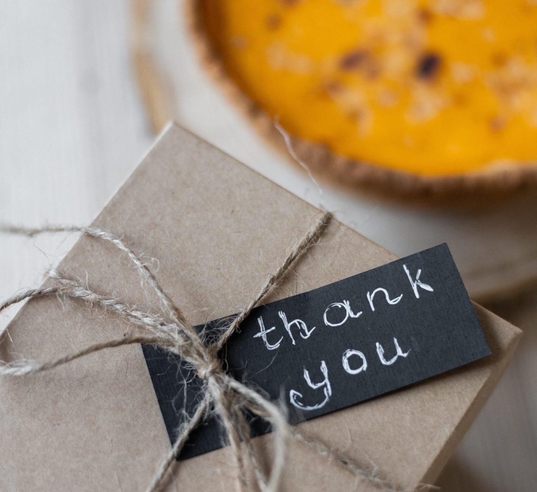 brievenbus cadeaus - cadeaus per post - cadeaus kerst - cadeaus bezorgen - cadeaus corona - flowergram - droogbloemen - bloomon