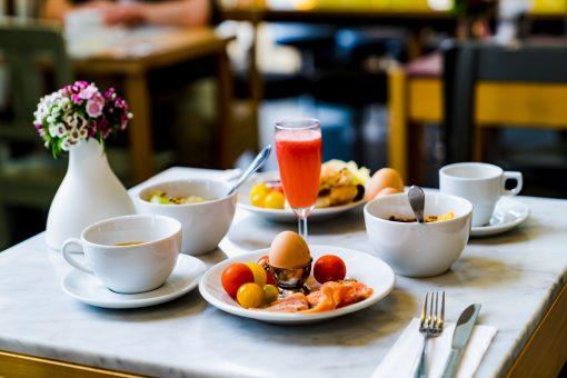 uitleg verzorgingstypes - logies - logies en ontbijt - all inclusieve - half pension - vol pension