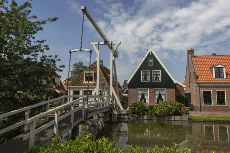 mooie dorpen nederland - dorpen nederland - mooie plekken in nederland - dorp nederland - dagje uit nederland - staycation nederland