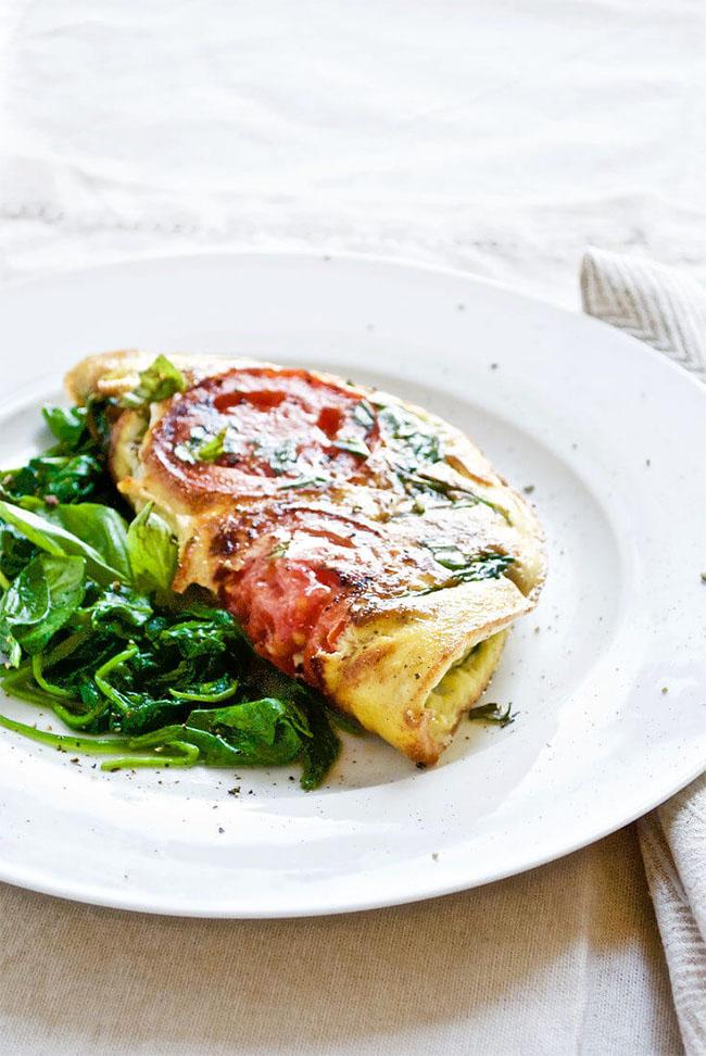 omelet maken tips // omelet met tomaat