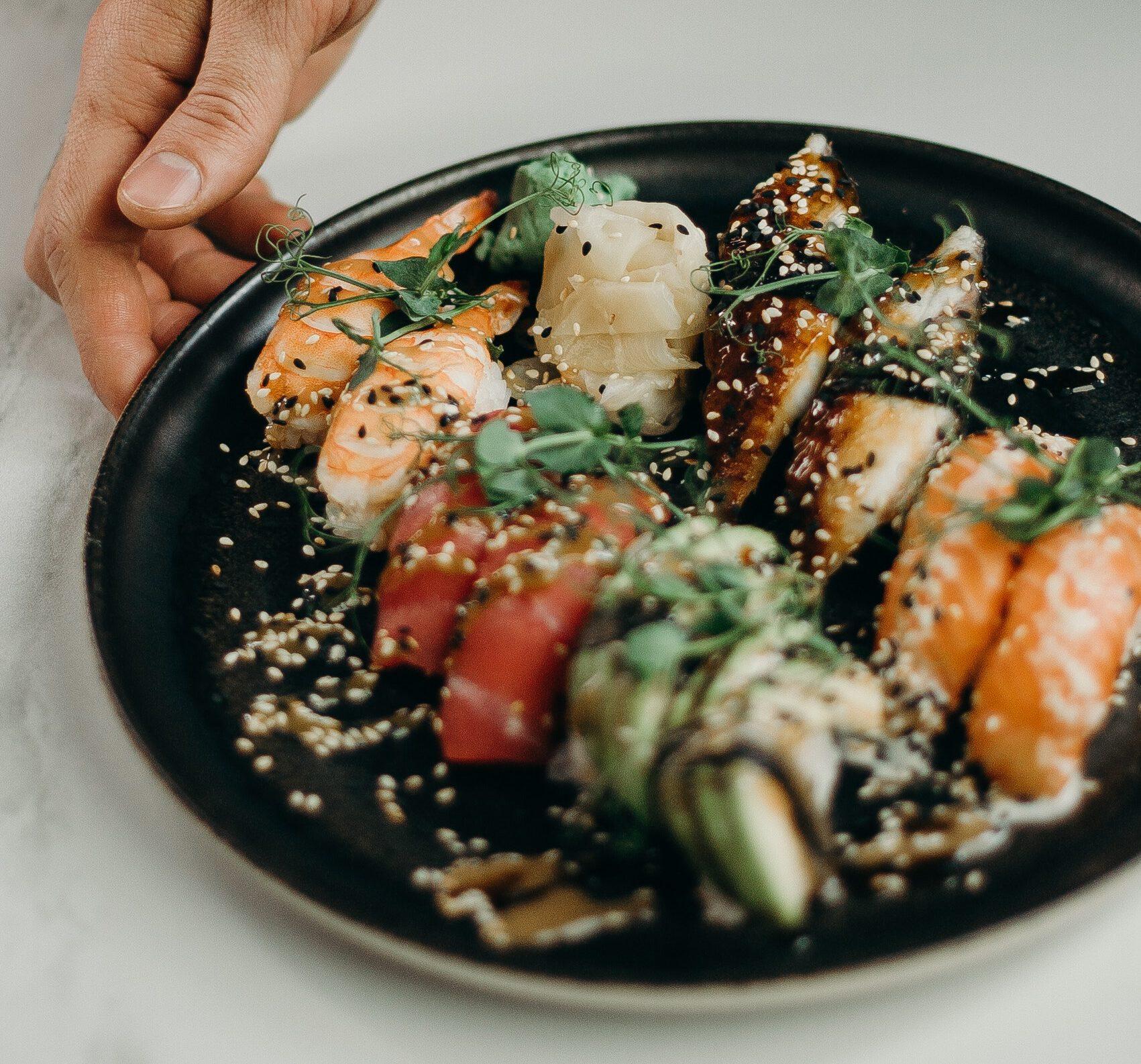 hoeveel sushi rijst per persoon? stukjes sushi per persoon - aantal sushi bestellen