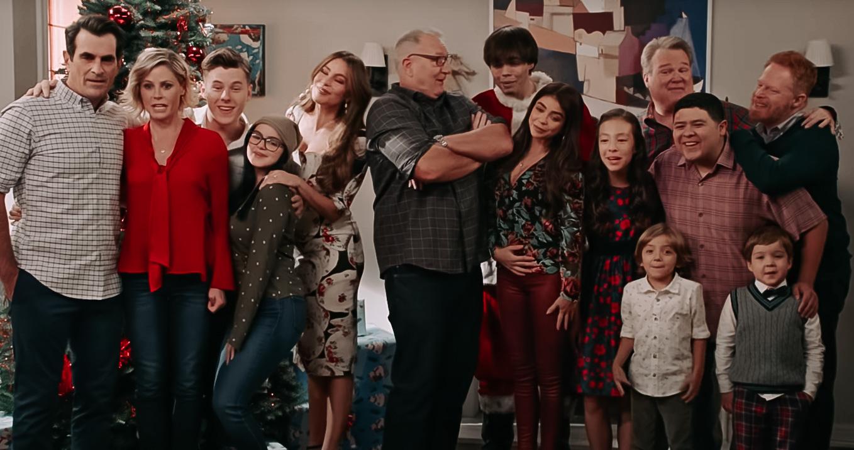 De 10 leukste kerstafleveringen uit televisieseries - kerstafvelering modern family