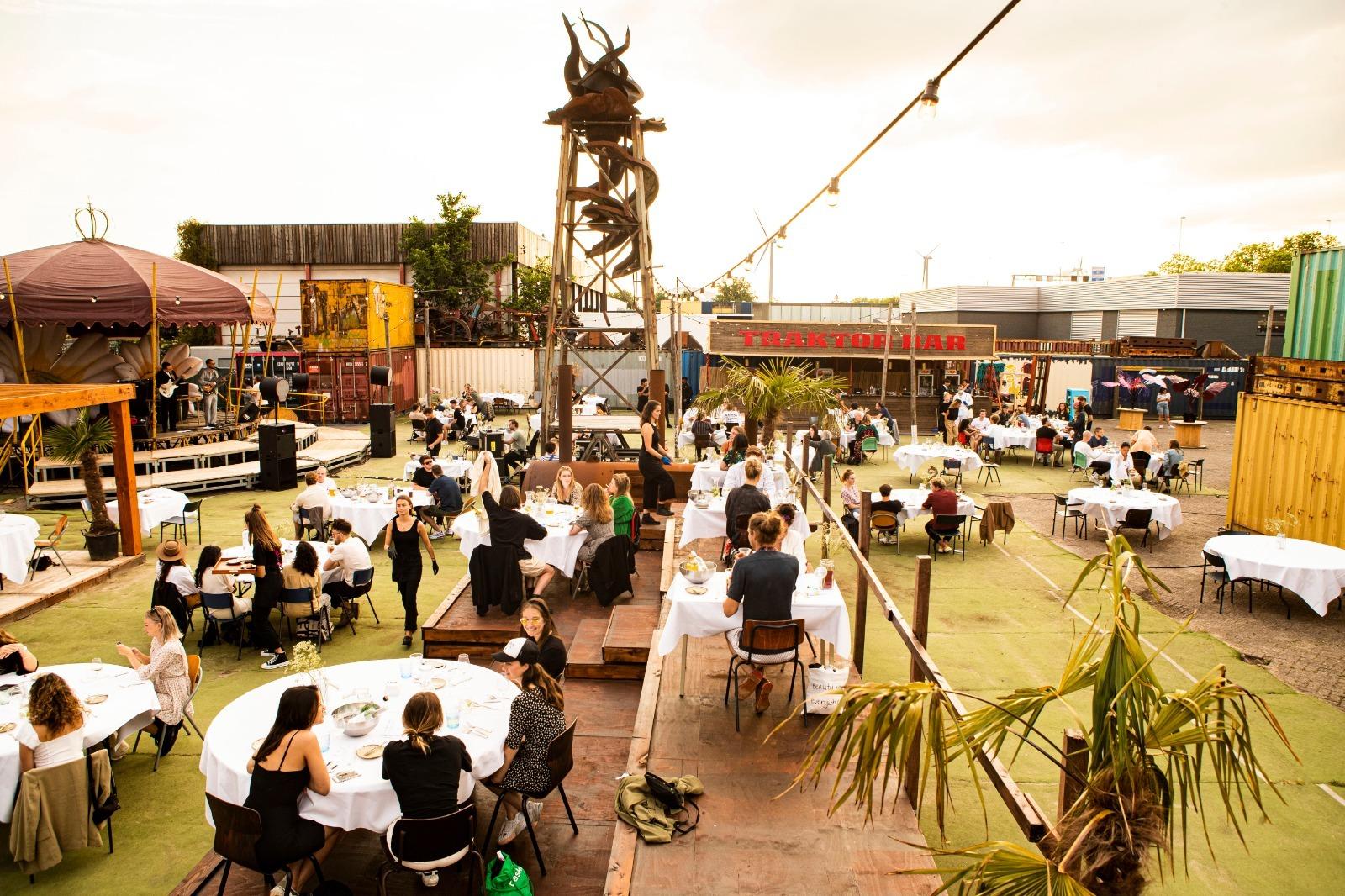 lofi amsterdam - muziekpodium, eetlokaal en expositieruimte amsterdam
