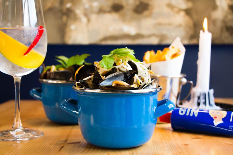 visrestaurants amsterdam - mosselen amsterdam - mosselen eten amsterdam - mosselen eten in amsterdam - vis restaurant amsterdam - mosselen eten - restaurants amsterdam - mossel en gin - mossel gin - mosselen recepten