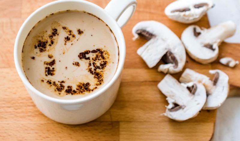 mushroom coffee trend - mushroom coffee - mushroom koffie - champignon koffie - wat is mushroom coffee - mushroom coffee voordelen