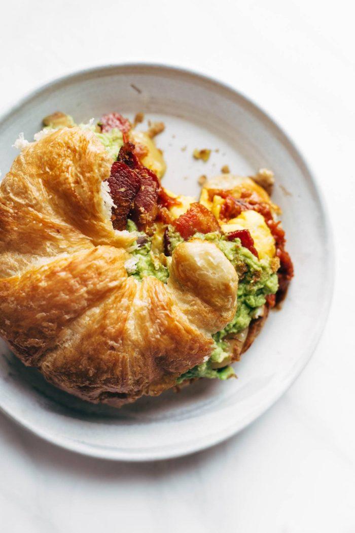 ontbijt sandwich - sandwich recepten - croissant recepten