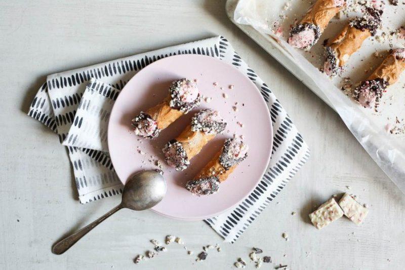 kerstdesserts - desserts voor kerst - feestelijke desserts - feestelijke kerstdesserts - desserts om te maken voor kerst - leuke kerstdesserts - recepten kerstdiner - 4 gangen diner