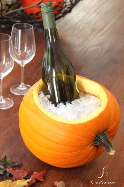 Pumpkin Booze Bucket - halloween items - halloween aankleding - pompoen wijnkoeler