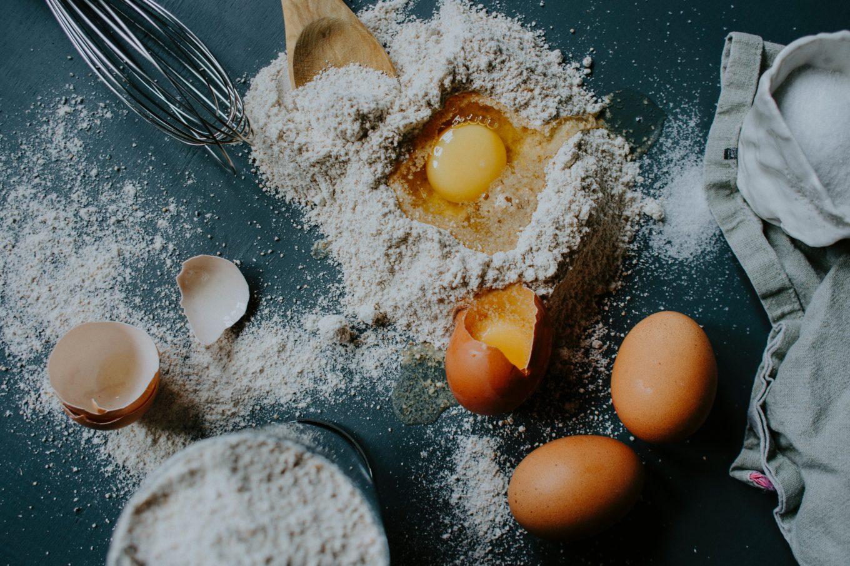 recept bloem suiker eieren - wat kun je doen met bloem suiker eieren - cake recepten - koekjes recepten - pannenkoeken recepten - muffins recepten