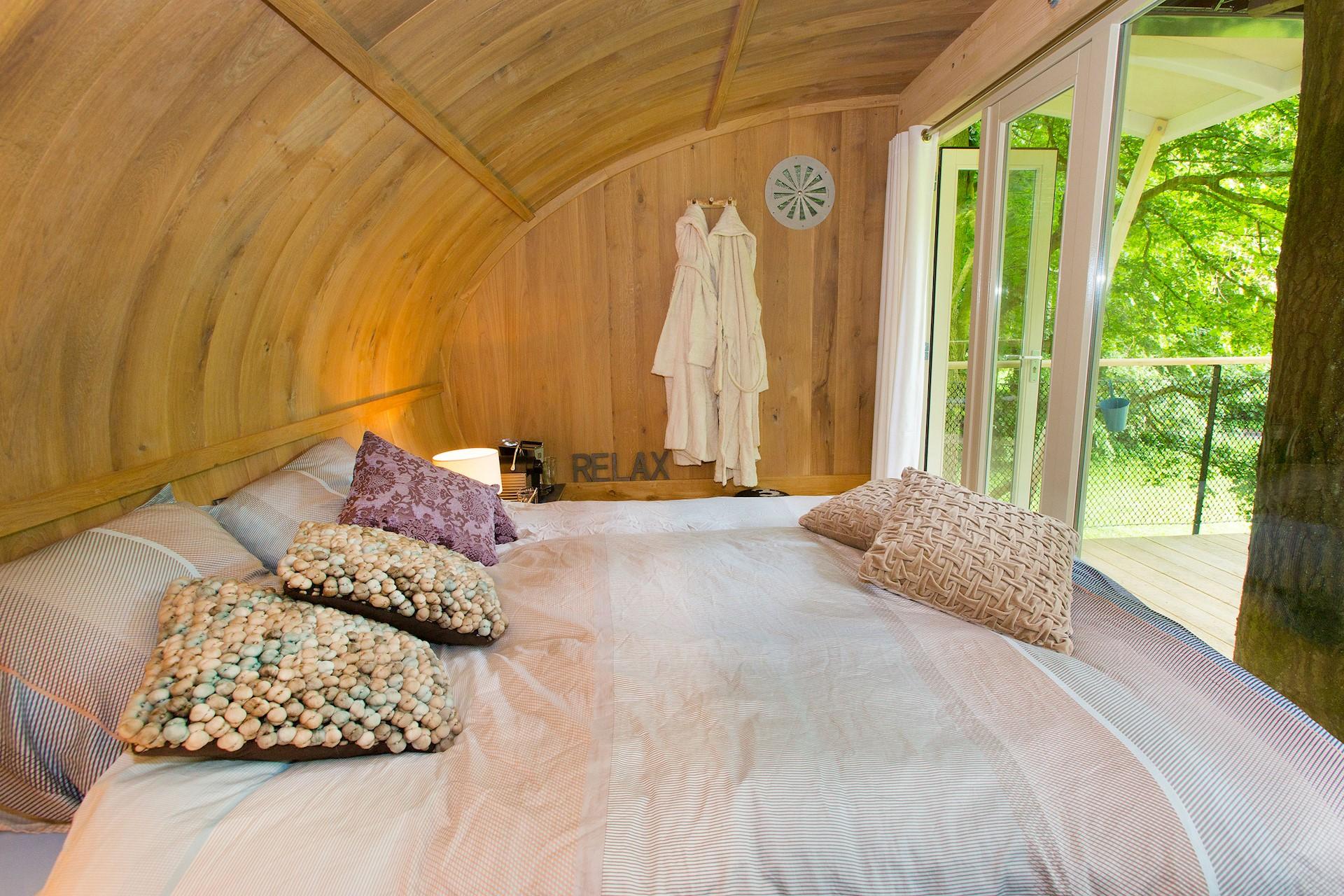 slapen in een boomhut - overnachten in een boomhut - bijzonder overnachten - overnachten in de natuur - boomhutten nederland