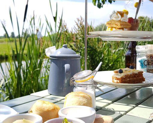 theetuinen - theetuin nederland - theetuin - thee drinken - high tea nederland - high tea - bijzondere plekjes nederland - thee drinken tuin - theeschenkerij
