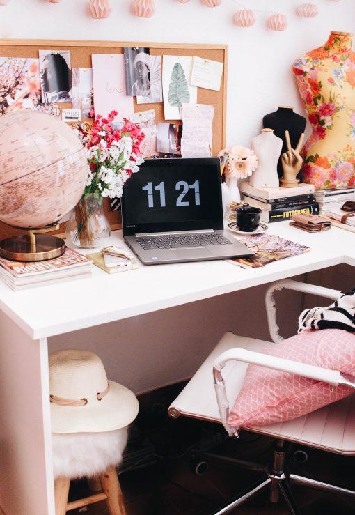 thuis kantoor - kantoor thuis inrichten - thuis werken - kantoor aan huis inrichten - werkruimte in eigen woning