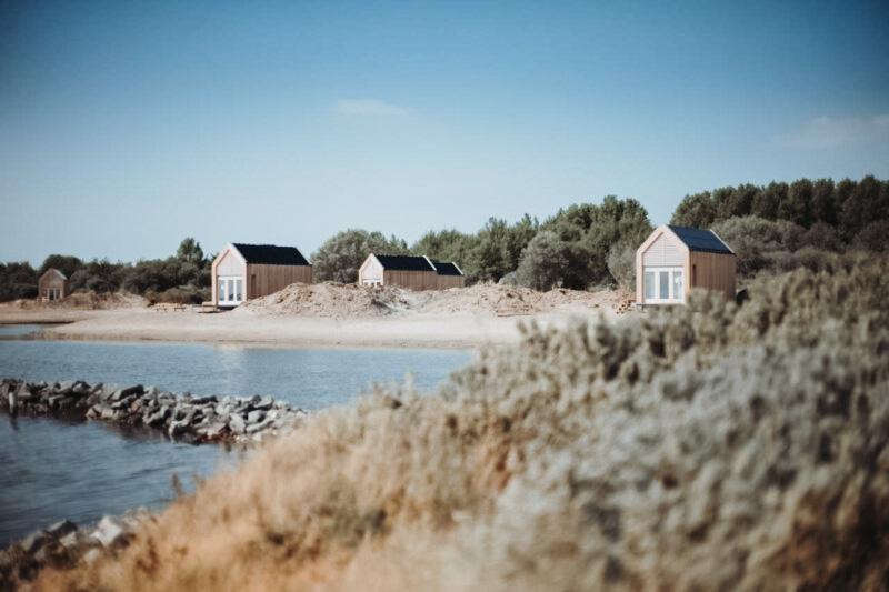 tiny house - tiny houses - tiny house aan zee - tiny house nederland - vakantie nederland - huis aan zee