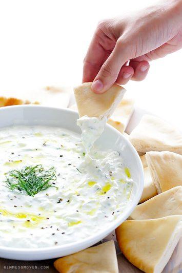 dips - snacks - borrelhapjes - dip recepten, zelf hummus maken - zelf salasa maken - gezonde borrelhapjes -dipsausjes voor toastjes - pittige dipsaus maken - gezonde dipsaus maken - tzaziki maken