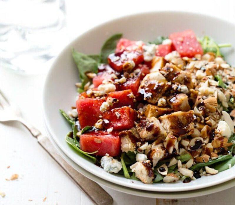 recept salade kip watermeloen - recepten - salade recepten - watermeloen - blauwe kaas - balsamico - gezonde recepten - makkelijke recepten - lichte maaltijden