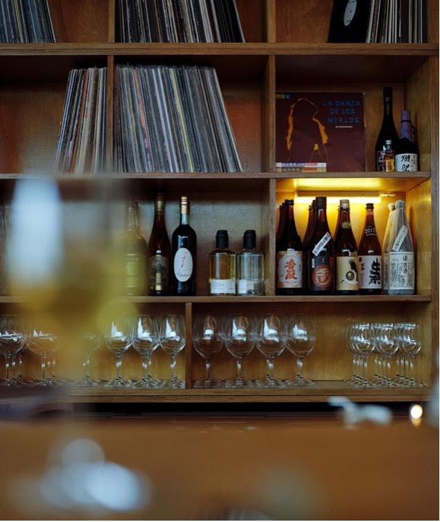 wijnbar amsterdam - wijn drinken amsterdam - leuke wijnbars amsterdam