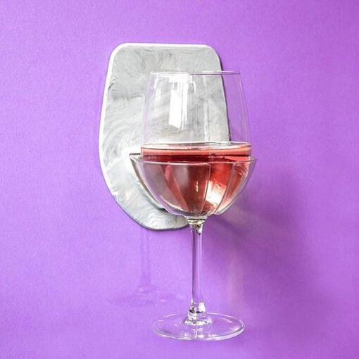 wijnhouder voor in de badkamer - wijnglashouder